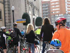 Participacion de Christina Rosenvinge en la primera bicicleta medioambiental de gijon