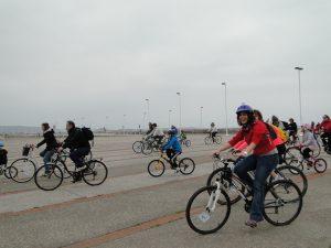 salida de la segunda bicicletada medioambiental de 30 dias en bici gijon