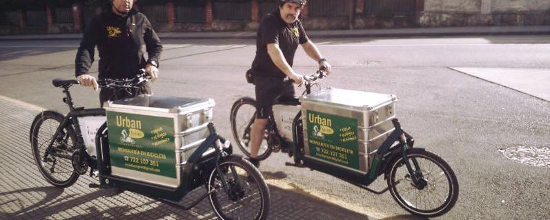 Foto de Bicimensajeros con Bicicletas de Carga - 30 Días en Bici Gijón